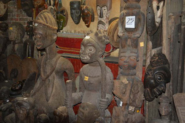 art africain rue blaes